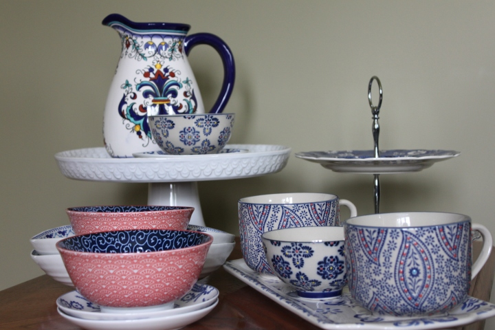 Affordable Decor – Entertaining Dishes