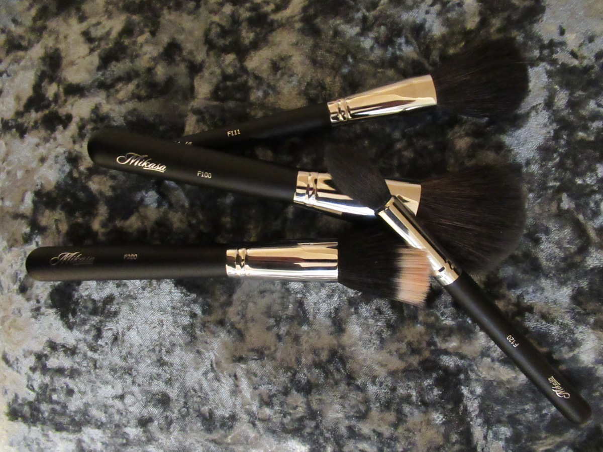 Real Girl Review: Mikasa Makeup Brushes